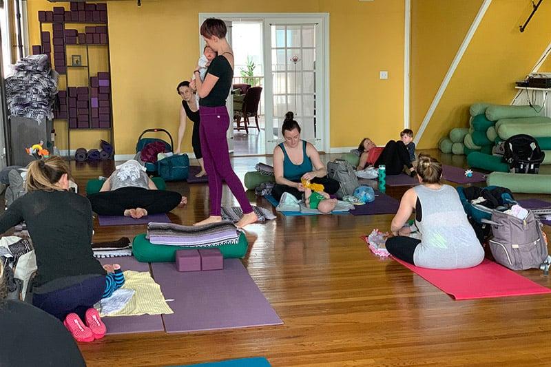 postpartum-yoga-class
