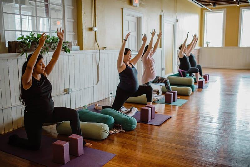 prenatal-yoga-class